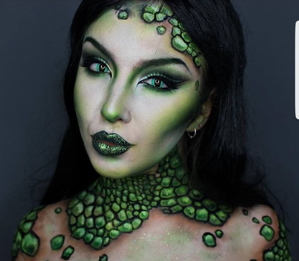 Halloween Contact Lenses and Costume Ideas